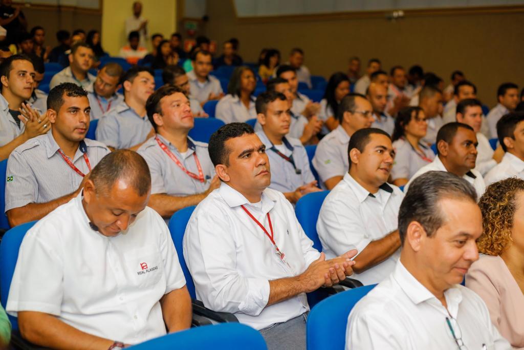 Cobradores de Maceió são qualificados a profissão de motoristas