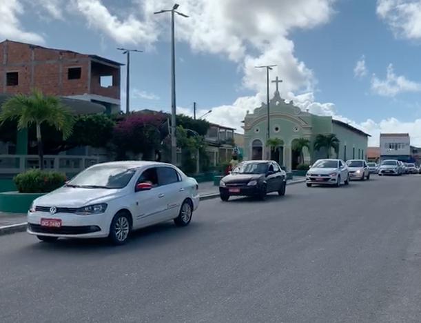Taxistas da Barra se mobilizam em prol de auxílio prometido pela Prefeitura
